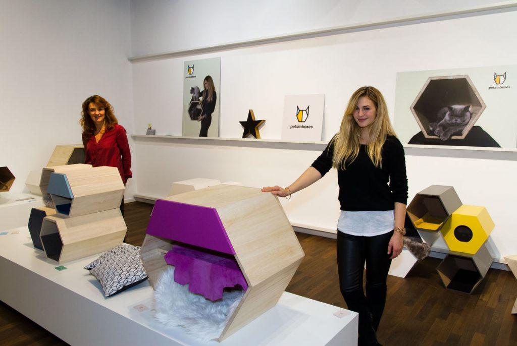 petsinboxes Gründerin Nathalie Böhning und ihre Mutter Carmen.