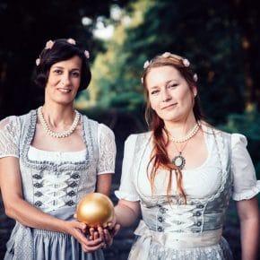 Die Gründerinnen von Golden Orb Sonja Hawranke und Katharina Kühn